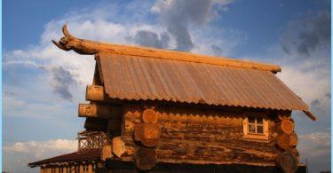 Prosjekter bad med loft, et lysthus, en terrasse