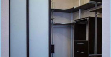 Plassering av hyllene i garderoben